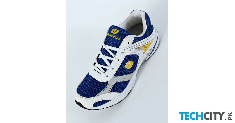 buy white blue stylish design sports shoes dr 431
