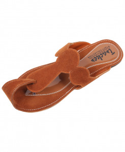 Brown Velvet-Front Khussa Style Fancy Slipper OM-5041