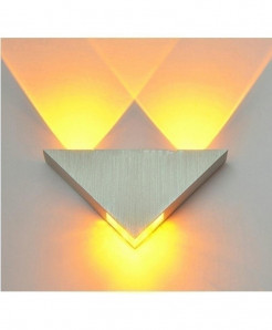 Yellow Modern Led Wall Lamp 3W Aluminum Body Triangle Wall Light