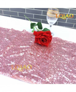 Pink Dotted Pattern Sequin Table Runner W30xL300cm