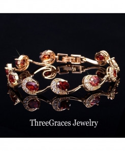 ThreeGraces Red Crystal Chain Bracelet