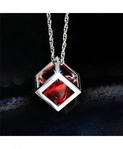 Cyberday Red Cube Crystal Decoration Car Ornament