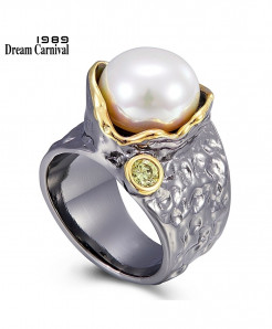 Dream Carnival 1989 Black Gold Blooming Pearl Ring