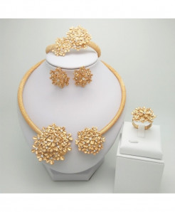 Kingdom Ma Rose Golden Zinc Alloy Cubic Zirconia Geometric Jewelry Set