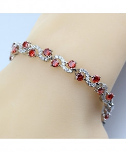 Manny Della Red Round Crystal  925  Silver Bracelet