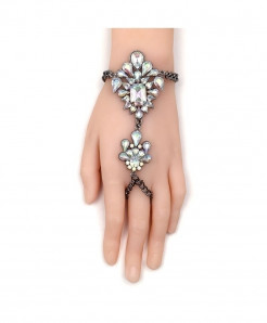 Fashionsnoops Crystal Chain Bracelet AT-1002