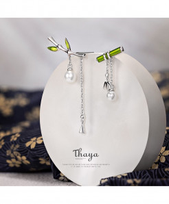 Thaya Real S925 Needles Silver Earring Dangle With Pearl Retro