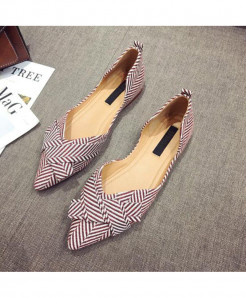 YUYAN Reddish Shade Pointed Toe Slip-on Shoes