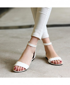 Summer Ladies Stylish White Flat sandals