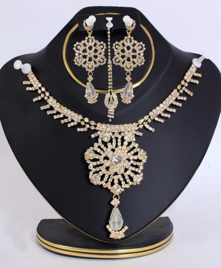 Golden Flower Shaped Diamante Smart Jewelry Set
