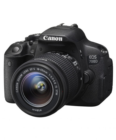 Canon EOS 700D 18-55mm Camera