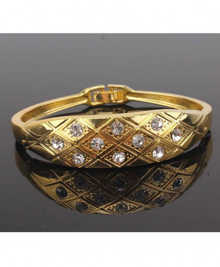 Gold With Daimond Stone Stylish Bracelet AM-166