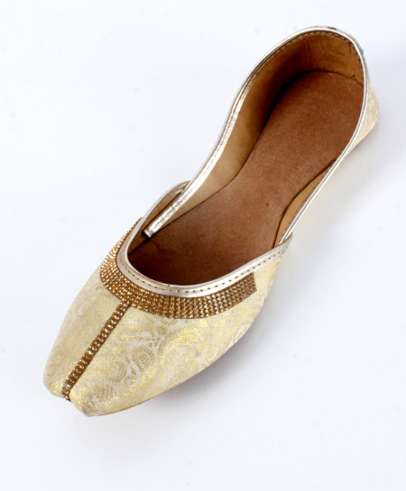 Golden Synthetic Stylish Ladies Khussa OM-5219
