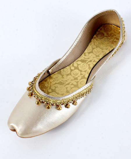 Silver With Golden Work Stylish Ladies Khussa OM-5220