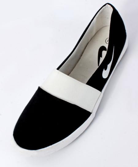 Black And White Canvas Shoes SC-0026