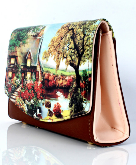 Brown Home Scenery Printed Design Clutch GL-1227