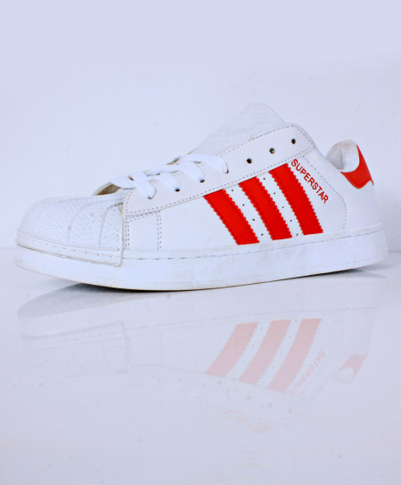 White Red Strips Stylish Sports Shoes CB-2138