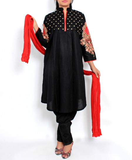 Black Embroidered Stylish Design Ladeis suit AKG-099