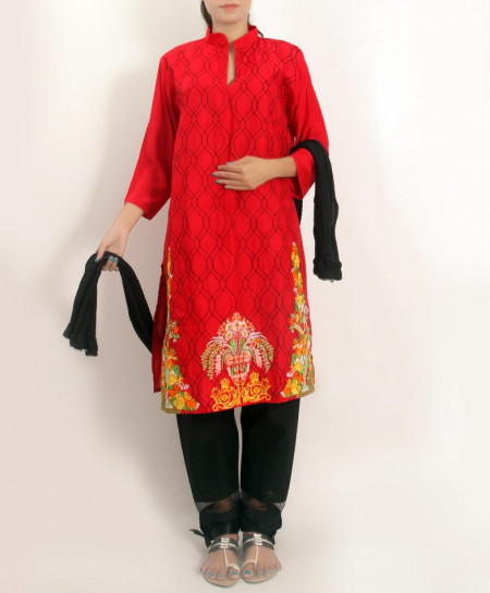 Red Embroidered Stylish Design Ladeis suit AKG-102