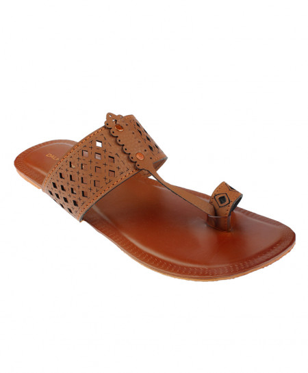 Brown Thumb Style Leather Kolhapuri Chappal OM-5163